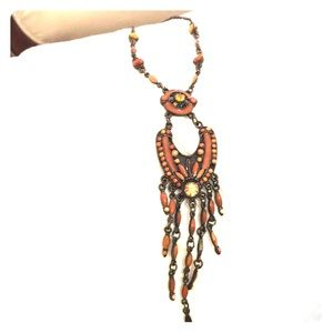 Amber stone bronzy rust fashion necklace